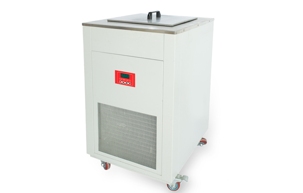 Laboratory cooling water circulation machine
